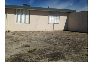 787-784-4659 'asumiendo la hipoteca /  Alturas de Flamboyan $25,000 PAGA 877.00