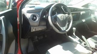 Toyota Corolla LE Rojo 2017
