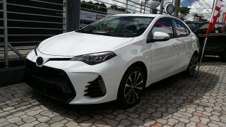 Toyota Corolla Se White 2017