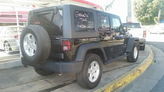 Jeep Wrangler Unlimited Sport Negro 2014