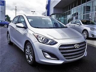 Hyundai Elantra Gt Gris 2016