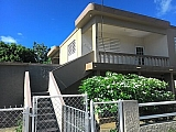 enrique 59 calle brindis factor arecibo   Bienes Raíces > Residencial > Apartamentos > Otros   Puerto Rico > Arecibo