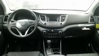 Hyundai  Tucson SE Anaranjado 2017