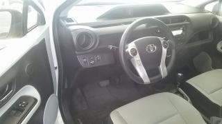Toyota Prius C Four Blanco 2012