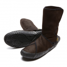Unisex Furoshiki Shearling Boot Mid by Vibram in San Antonio Tx