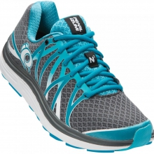 EM Road N3 Shoe Womens - Shadow Grey / Algie 7.5 by Pearl Izumi