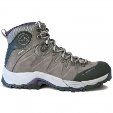 Women's Thunder III GTX Boot by La Sportiva