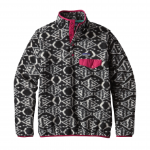 Women's LW Synch Snap-T P/O by Patagonia in Grand Rapids Mi
