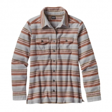 Women's L/S Fjord Flannel Shirt by Patagonia in Sandy Ut