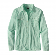 Women's LW AC Buttondown by Patagonia