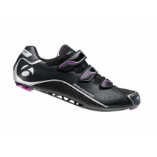 Race Road WSD Shoes - Women's in Northfield, NJ