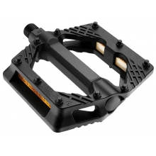 Plastic Platform Pedals by Giant