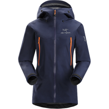 Beta LT Jacket Women's by Arc'teryx in Truckee Ca