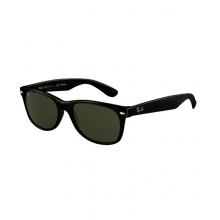 - New Wayfarer Polarized by Ray Ban
