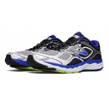 860v6 by New Balance in Troy Oh