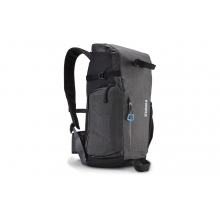 Perspektiv Daypack by Thule in Peninsula Oh