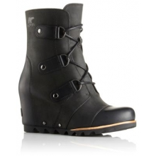 Women's Joan Of Arctic Wedge Mid by Columbia in Asheville Nc