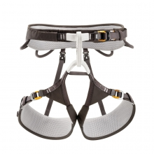 AQUILA harness by Petzl