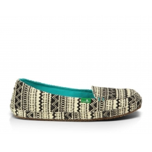 - Mirage Wms Shoe - 7 - Black/Tribal