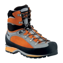 Triolet Pro GTX Mountaineering Boot by Scarpa