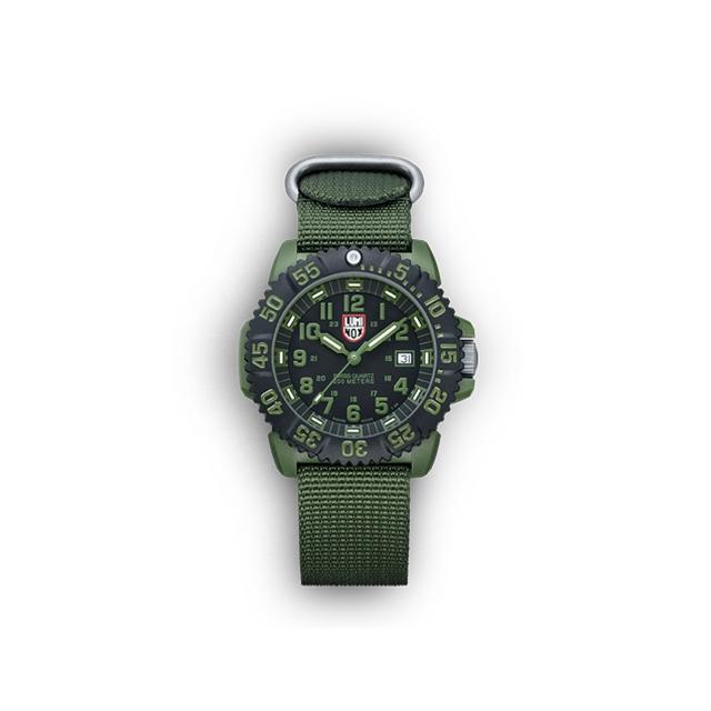 Luminox - - Olive Drab Military 3040 Series