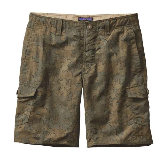 Patagonia - Men's Wavefarer Cargo Shorts - 20 in.