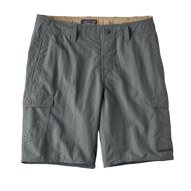 Patagonia - Men's Wavefarer Cargo Shorts - 20 in.