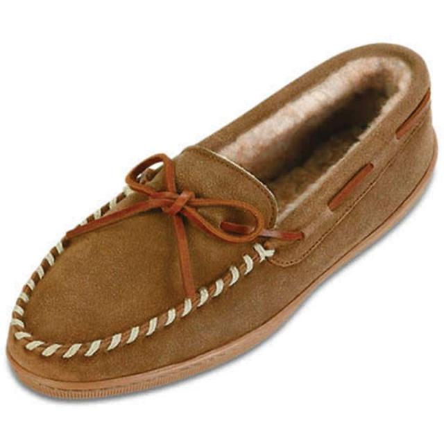 Minnetonka - Women's Sheepskin Hardsole Moccasin