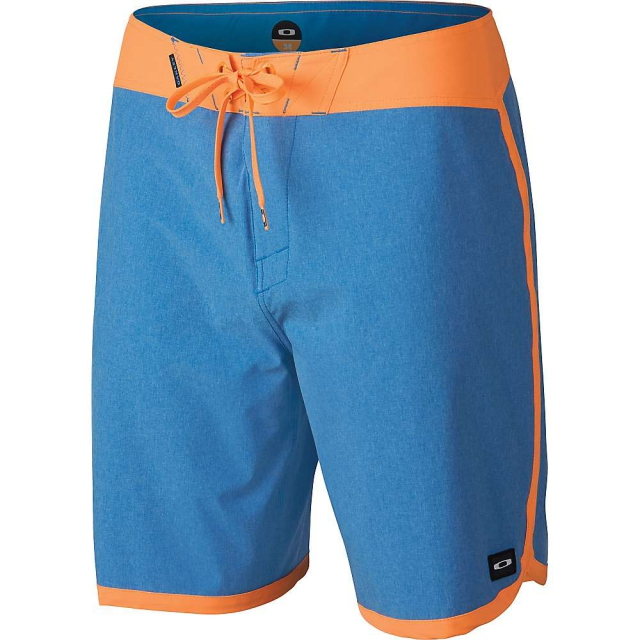 Oakley - Men's The Cave 19 Boardshort