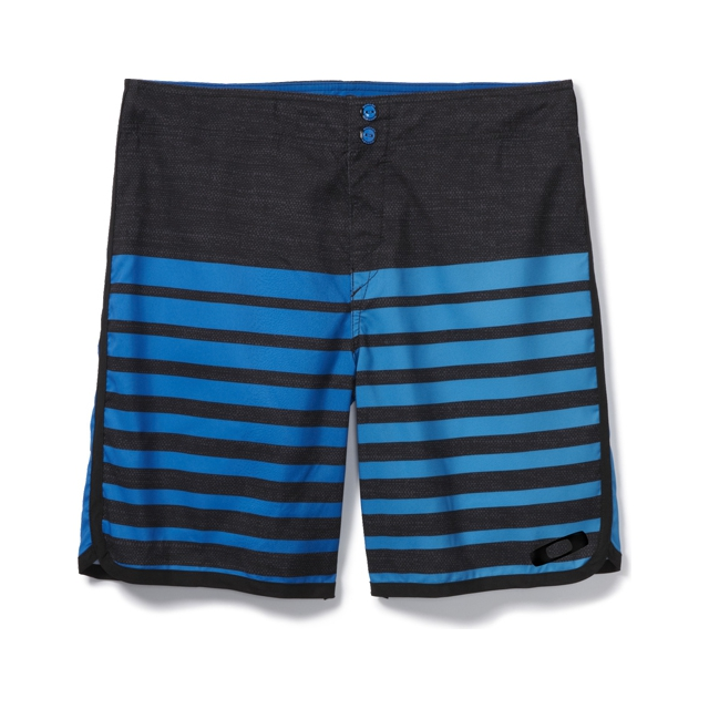 Oakley - Descend 19 Boardshorts - Men's: Electric Blue, 30