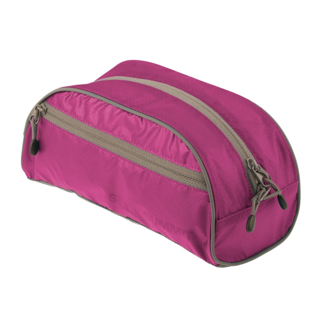 Sea to Summit - Travelling Light Toiletry Bag - Large
