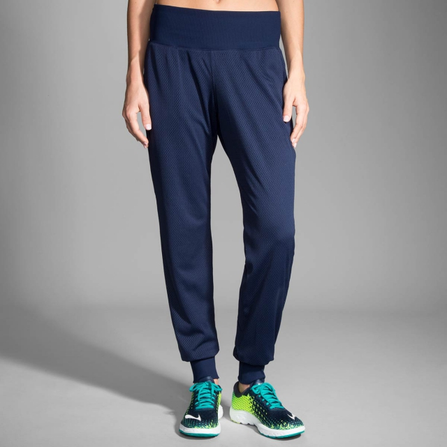 Brooks Running - Women's Run-Thru Pant
