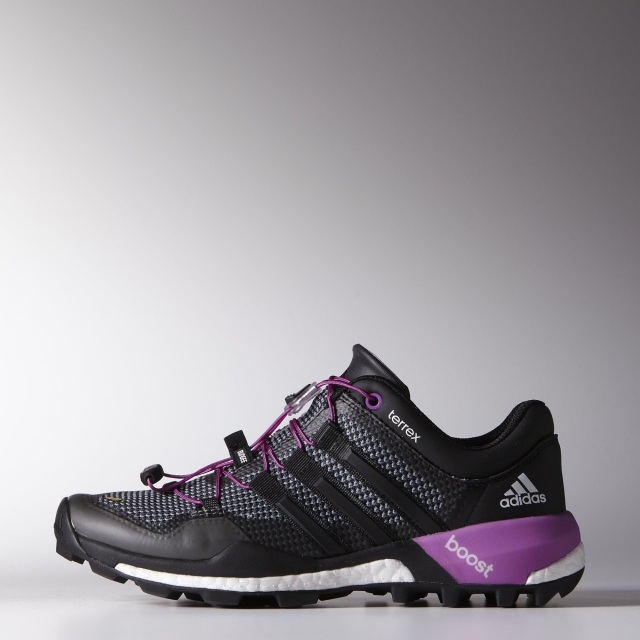 Adidas - - Terrex Boost W - 10 - Vista Grey/Black/Flash Pink