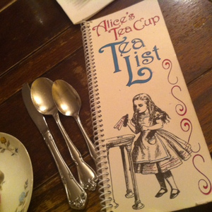 Alice's Tea Cup, Chapter I