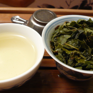 Ben Shan Oolong King Grade from Life In Teacup