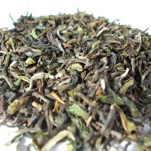 Darjeeling, Jungpana (China FTGFOP1) from Darjeeling Tea Exclusive