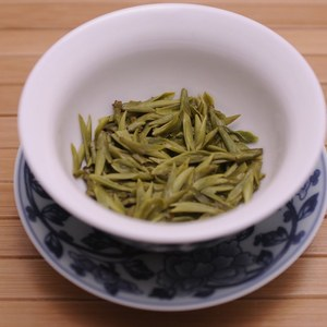 2010 Pre-Qingming  Da Fo (Great Buddha) Long Jing first day harvest from Life In Teacup