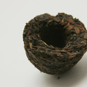 Chrysanthemum Pu-erh Tuocha from Chicago Tea Garden
