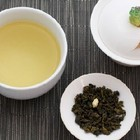 White Peach Oolong from Naivetea