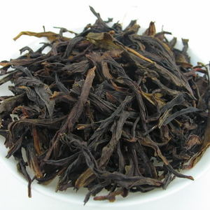 Spring Ba Xian * Organic Phoenix Dancong Oolong from Dragon Tea House