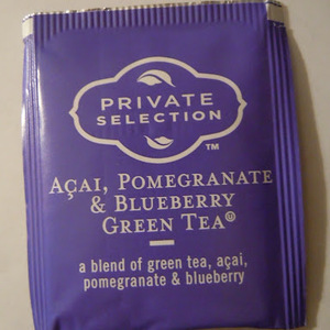 Acai, Pomegranate, and Blueberry Green Tea from Kroger Private Selection