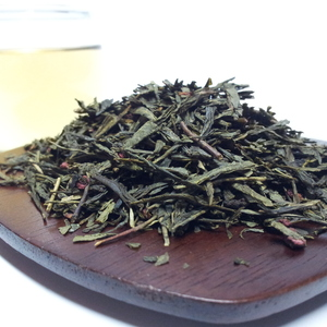 Raspberry Green Tea from Triplet Tea