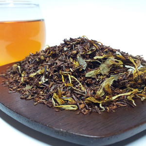 Peachy Rooibos Tea from Triplet Tea