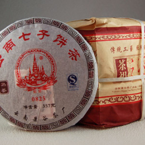 Jin Gu Run Sheng Bing Pu-erh from Seven Cups