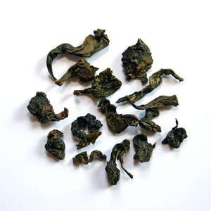Tie Guan Yin (kräftig) from Queen Cha. Oolong Tee