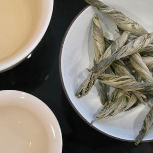 Dragon's Tail Green from Mandala Tea