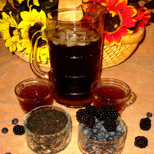Blueberry/Blackberry Herbal tea (teabags are placed in one of Teaman&#x27;s canister) from Teaman Teas
