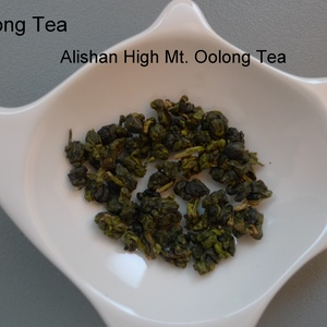 Alishan High Mt. Oolong Tea from FONG MONG TEA