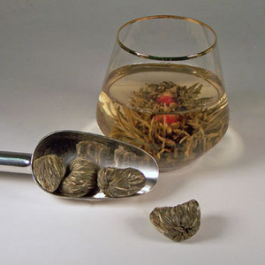 Golden Magic in Water - Blooming Tea from The Tea Smith