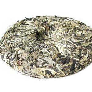 Moonlight White Tea Cake from Vicony Teas